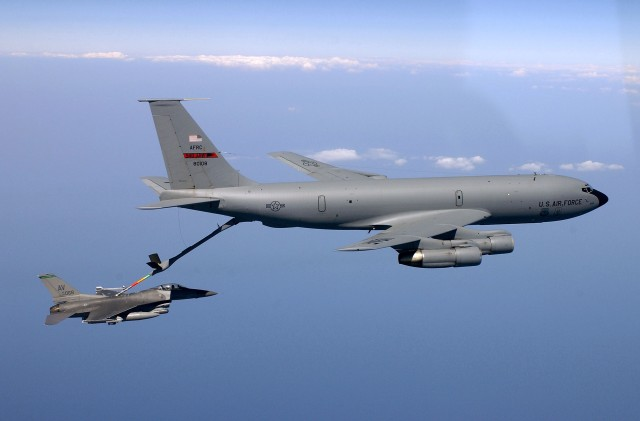Britain - If Scotland leaves Britain, it needs the ability to refuel its military aircraft. A KC-135 Stratotanker refuels an F-16 Fighting Falcon. (U.S. Air Force photo by Tech. Sgt. Mike Buytas)