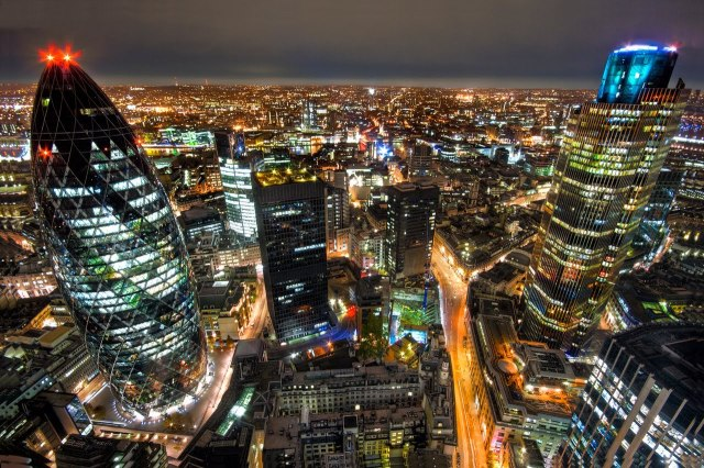 Britain tag | London, UK at night. Image courtesy of Leave.eu